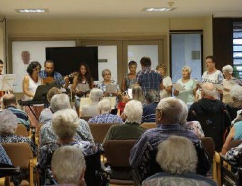 Actuació de la família Vilar i el cor d'Avinyó